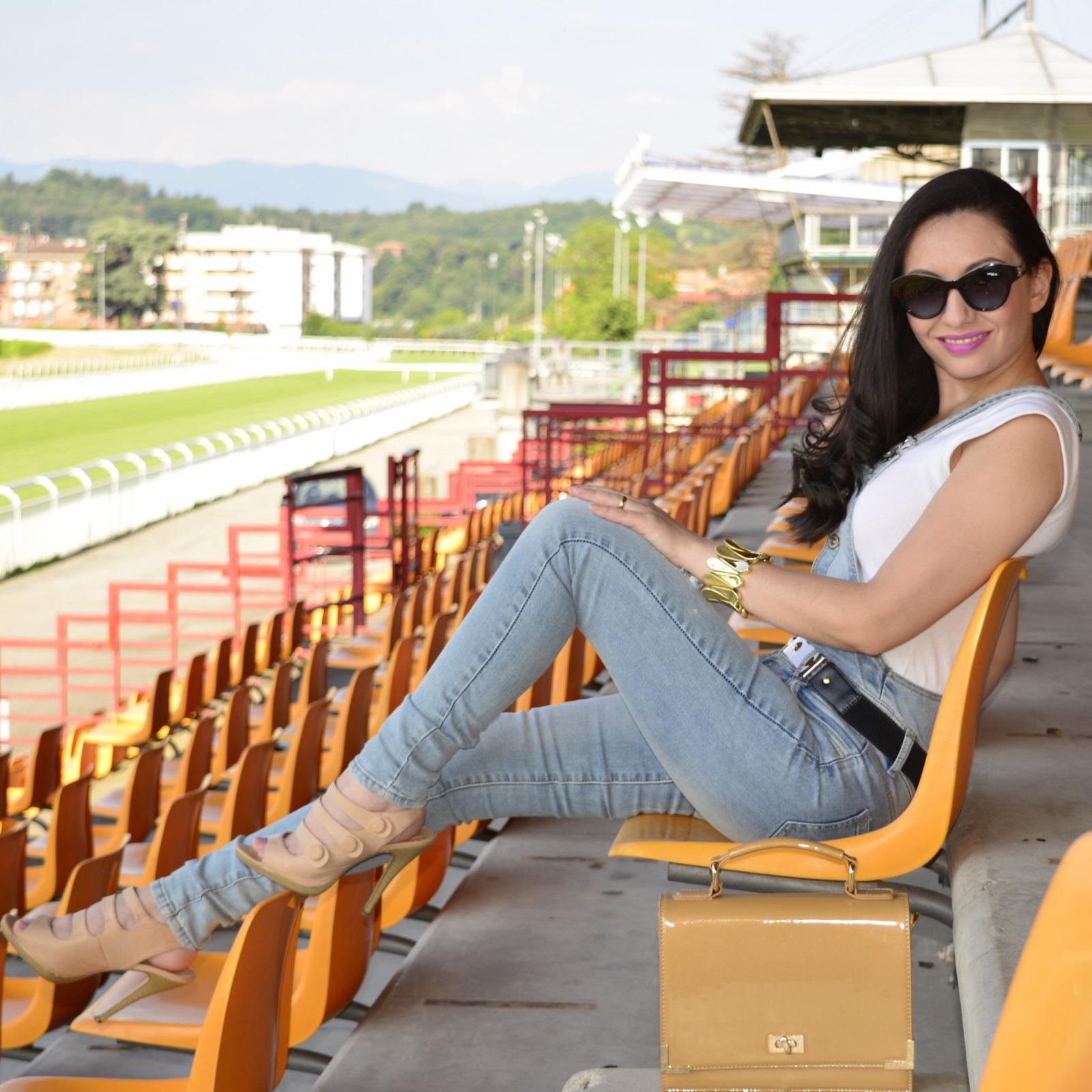 look-do-dia-jardineira-macacão-jeans-nathália-ferrara-12